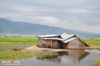 Rumah Terendam banjir...